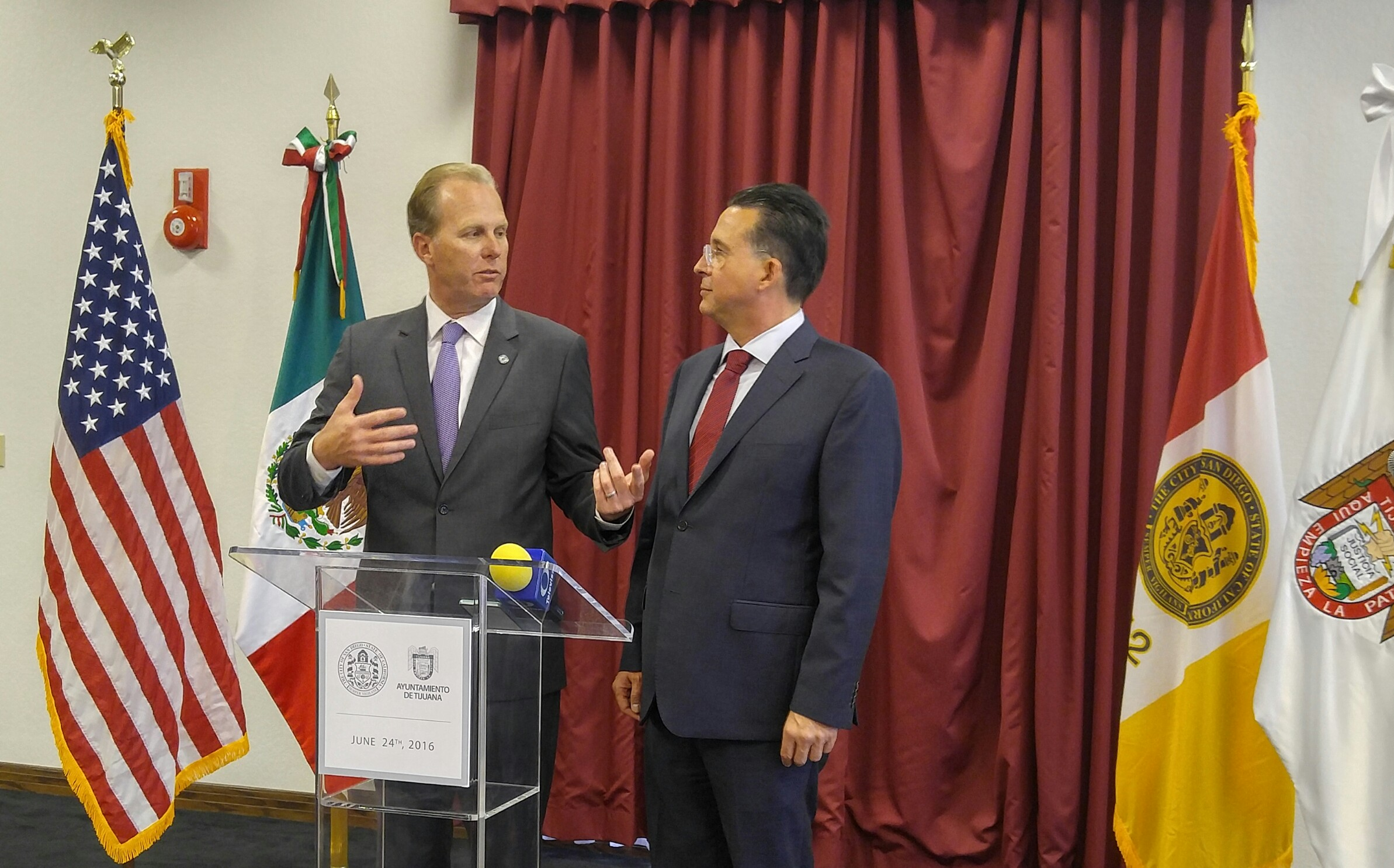 San Diego Mayor Kevin L. Faulconer and Tijuana Mayor Jorge Astiazarán highlight success of binational collaboration.