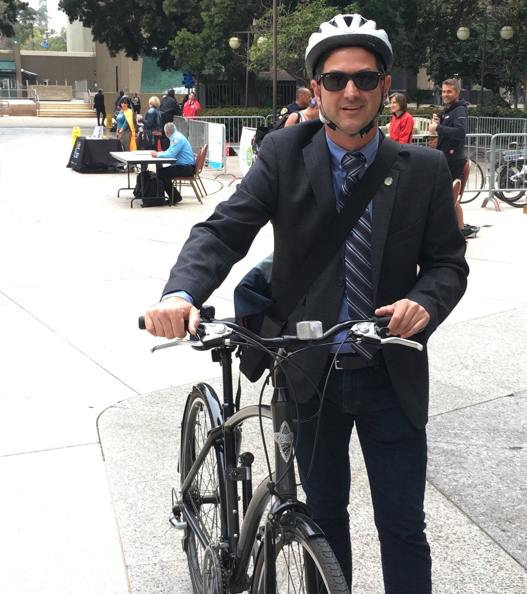 Switching up the commute for Transit Tuesday and biking to work