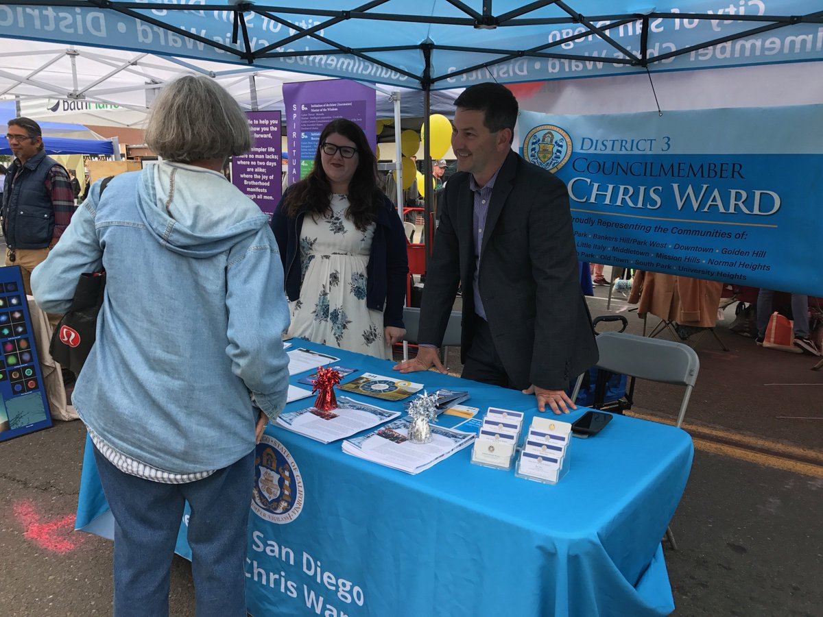 Councilmember Ward speaking with residents at the SDCCU Festival of Arts in North Park