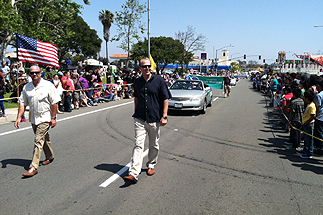 Photo of Councilman Sherman and Councilmember Faulconer at the Linda Vista Parade