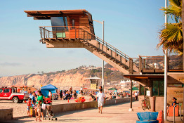 Photo of La Jolla Shores Lifeguard Station