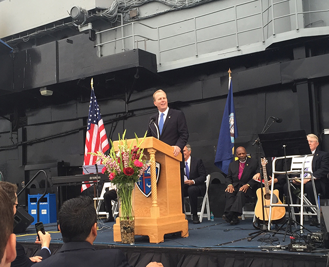Photo of Mayor Faulconer speaking at the National Day of Prayer