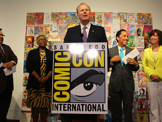 Photo of Mayor Faulconer at the Comic-Con Extension Press Conference