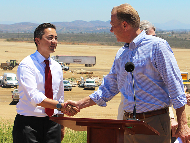 Photo of Mayor Faulconer at the Miramar Landfill