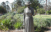 Photo of Kate Sessions Statue