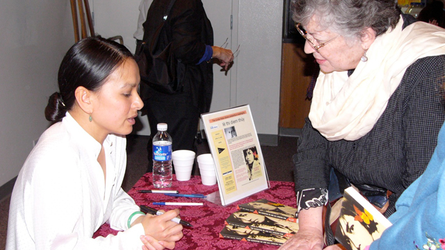 Author lê thi diem thúy at a book signing at the Linda Vista Library