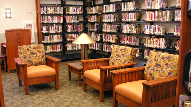 Reading area at the Serra Mesa-Kearny Mesa Library